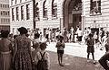 Pričetek pouka - pred Osnovno šolo Ivana Cankarja 1961 (1).jpg