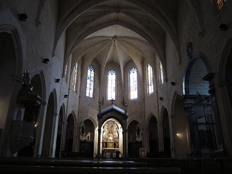 Interior de la Iglesia de San Pedro, Reus, Tarragona