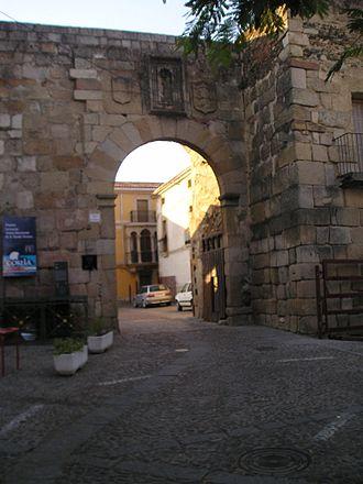 Siege of Coria (1142) - A gate at Coria dating from the Muslim period (original construction Roman)