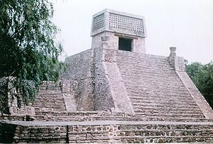 Aztec architecture - Aztec pyramid of Santa Cecilia Acatitlan