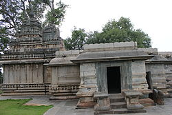 The Rameshvara temple at Koodli, built in the non-ornate Hoysala style.