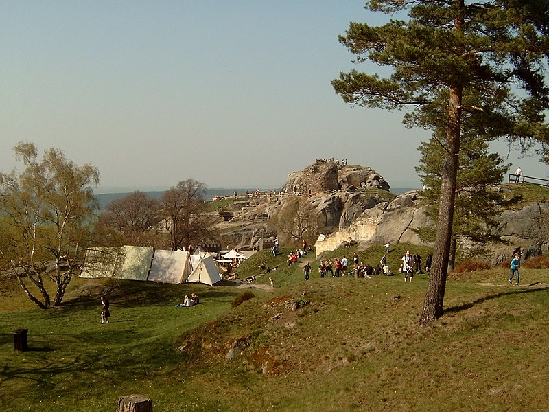 File:Regenstein - panoramio.jpg
