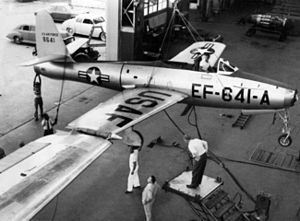 FICON project - Close-up of the B-29 w/ EF-84D-1-RE 48-641 on wingtip hookup