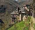 Residential houses in Conques.jpg