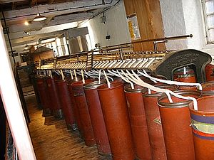 Cotton-spinning machinery - Image: Restored primary level spinning machine at Quarry Bank Mill