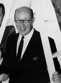 Richard Deacon in 1962.jpg