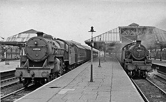 Rochdale railway station - Image: Rochdale railway station geograph 2160438