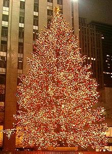 Albero Di Natale Wikipedia.Tradizioni Natalizie Wikipedia