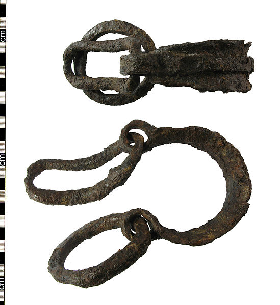 File:Roman slave shackles.jpg