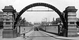 Rotherhithe Tunnel - The Rotherhithe entrance of the Rotherhithe Tunnel, 1909