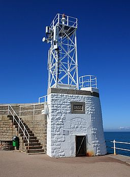 Roundhead of St. Catherine's breakwater - geograph.ci - 214