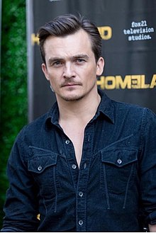 Rupert Friend at Chelsea Television Studios in Manhattan, February 2020.jpg