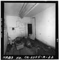 SLEEPING ROOM LOOKING SOUTHEAST - Fort Rosecrans, Mining Casemate, Point Loma, San Diego, San Diego County, CA HABS CAL,37-SANDI,29-A-22.tif
