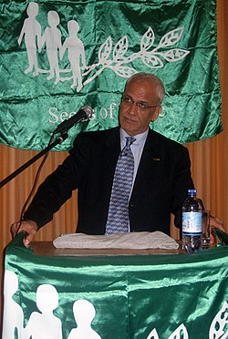 File photo of Saeb Erekat. Image: Seeds of Peace.