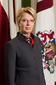 Saeimas priekšsēdētāja Ināra Mūrniece (16240848414) .jpg