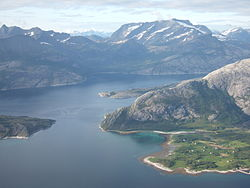 Sagfjorden in Sørfold seen fra the air.JPG