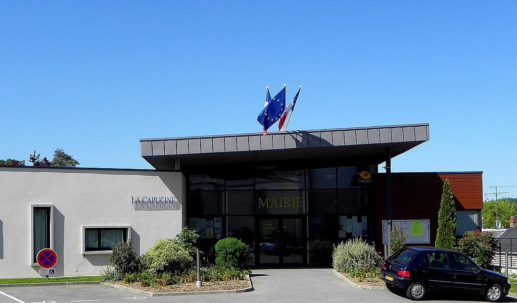 Mairie de Saint-Jean-sur-Mayenne (53).