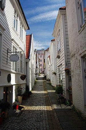 Sandviken, Norway - Image: Sandviken Street Bergen 2009