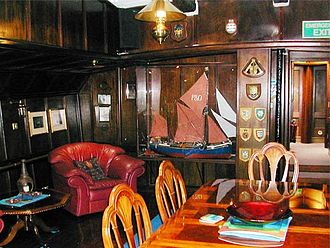 Will (Thames barge) - Image: Sb will interior