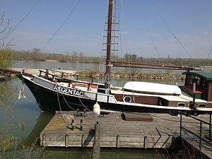 Schiff Regentag von Künstler Hundertwasser.JPG