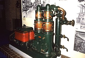 Siemens Brothers - 10 kW Siemens dynamo running at 450 rpm with its Willans steam engine