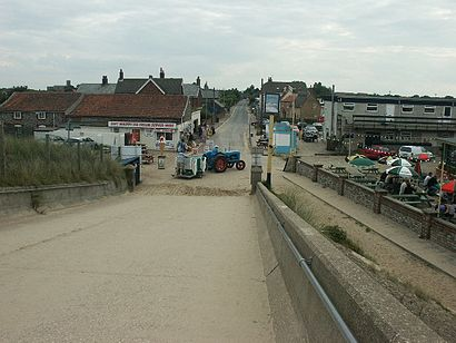 How to get to Sea Palling with public transport- About the place
