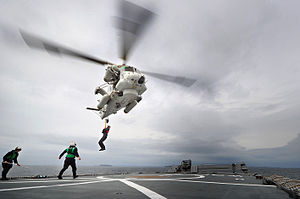 Seasprite winching - Flickr - NZ Defence Force.jpg