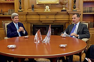 Felipe VI of Spain - U.S. Secretary of State John Kerry and Felipe in the king's private office at Zarzuela Palace in Madrid on 19 October 2015