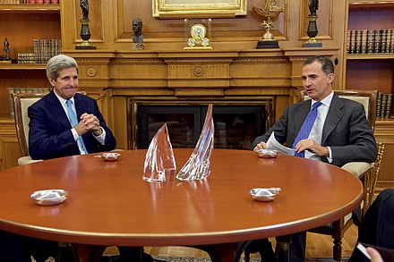U.S. Secretary of State John Kerry and Felipe in the king's private office at Zarzuela Palace in Madrid on 19 October 2015 Secretary Kerry Meets With King Felipe VI of Spain in Madrid (22115708229).jpg