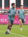 Serge Gnabry Training 2019-04-10 FC Bayern Muenchen-4.jpg