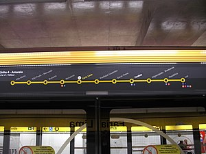 Sign yellow line.jpg