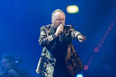 Simple Minds - 2016330224238 2016-11-25 Night of the Proms - Sven - 1D X - 0758 - DV3P2898 mod.jpg