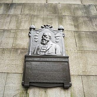 Walter Besant - Image: Sir Walter Besant memorial near the Waterloo bridge