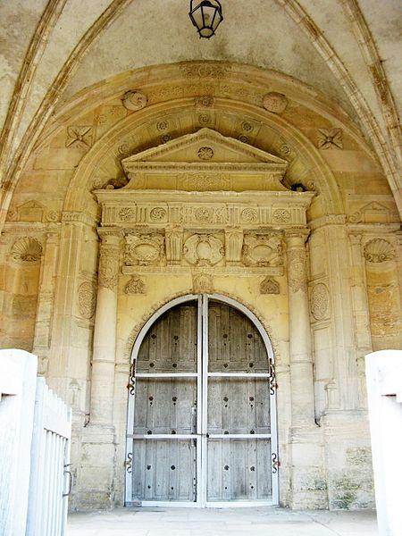 Soulaines-Dhuys: porte de l'église Saint-Laurent (1578)