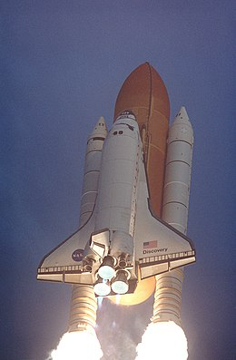 space shuttle discovery liftoff - photo #40