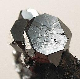 Sperrylite-195702.jpg