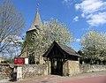 St Peter and St Paul, Edenbridge, Kent 02.jpg