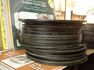Edison Disc Record - 80 rpm Diamond Disc records, showing the thickness of each record
