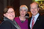 Stadtkulturpreis Hannover 2013 (285) Kultur- und Schuldezernentin Marlis Drevermann (links), SPD-Fraktionsvorsitzende Christine Kastning und Oberbürgermeister Stefan Schostok.jpg