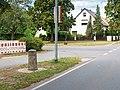 Steinkirchen Preussischer Rundsockelstein-02.jpg