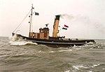 Stoomsleepboot Noordzee opvolle zee.jpg