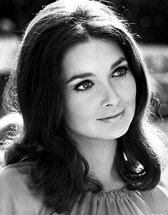 Suzanne Pleshette - Pleshette in 1969