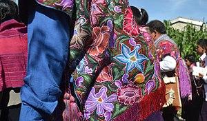 Zinacantán - Image: Textiles worn at San Lorenzo festival in Zinacantán, Chiapas