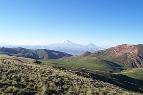 The Armenian plateau near Mount Masis.jpg