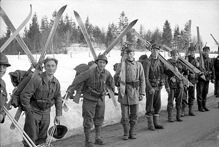 French and Norwegian ski troops, probably on the Narvik front The British Army in Norway April - June 1940 N160.jpg