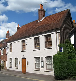 Types of restaurant - The Fat Duck, a fine dining restaurant in Bray, UK
