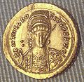 Theodosius II solidus Constantinople 439 450 gold 4480mg.jpg
