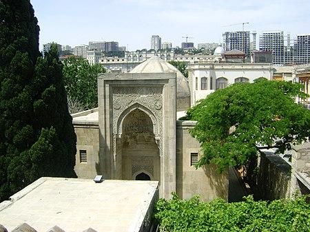 قصر الشروانشاهانيين.