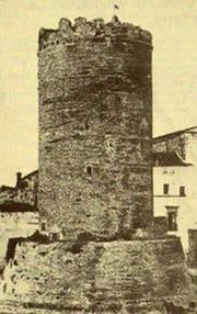 Sistema difensivo di ruvo di puglia wikipedia for Piani di cabina della torre di fuoco