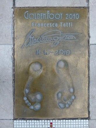 Golden Foot - Francesco Totti's 2010 Golden Foot imprint